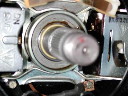 VERY NICE ORIGINAL GENUINE PORSCHE 911 912 FINE SPLINED LOWER STEERING SHAFT